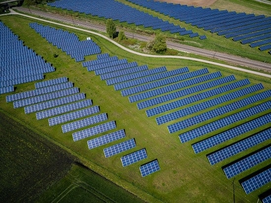 California grid sets record, with 67% of power from renewables