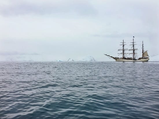 Russian explorers Bellingshausen and Lazarev are first confirmed to sight Antarctica