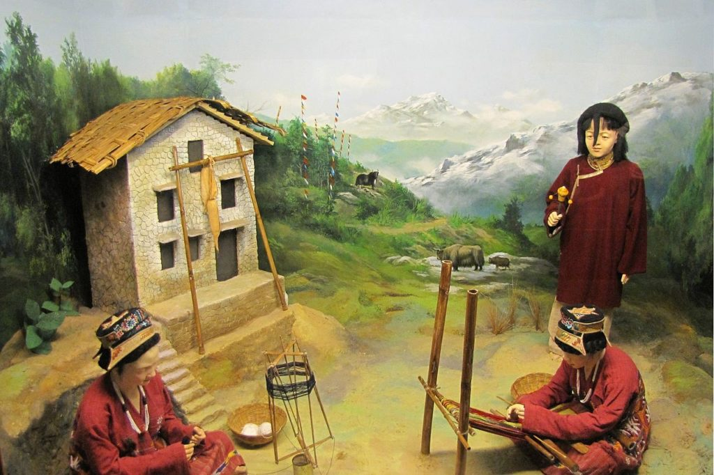 Mongpa People diorama