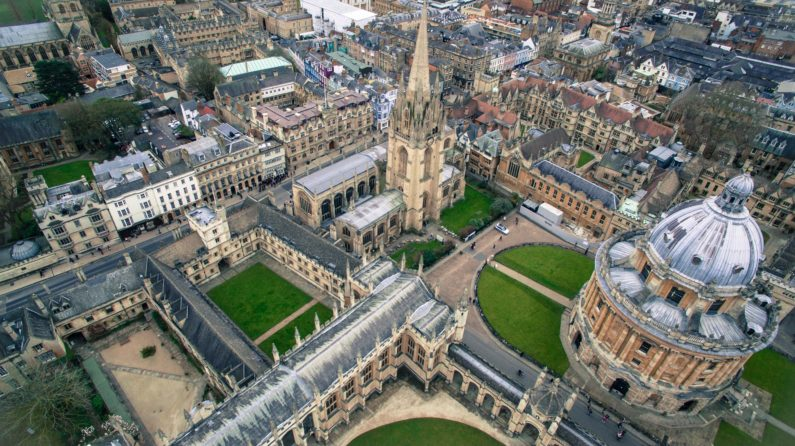 Oxford University bans investment in fossil fuels after student campaigns