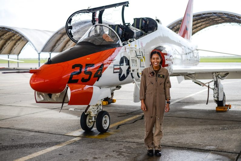 Madeline Swegle makes history as US Navy's 1st Black female fighter pilot