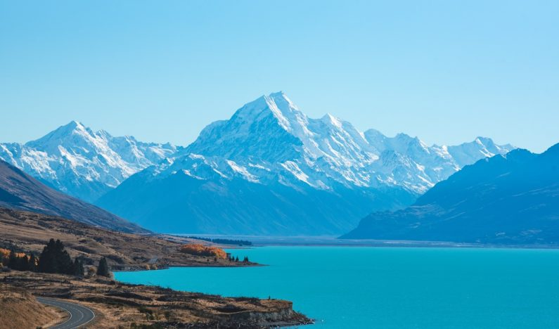 New Zealand Prime Minister pledges to reach 100% renewable energy across nation by 2030