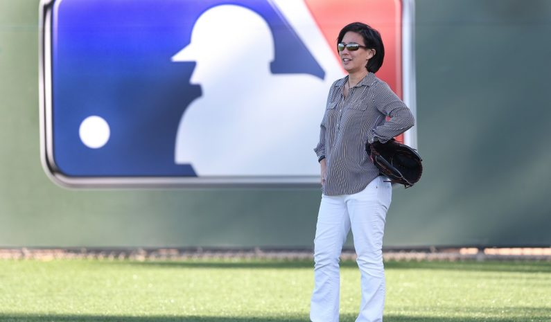 Marlins hire Kim Ng as MLB's first female general manager