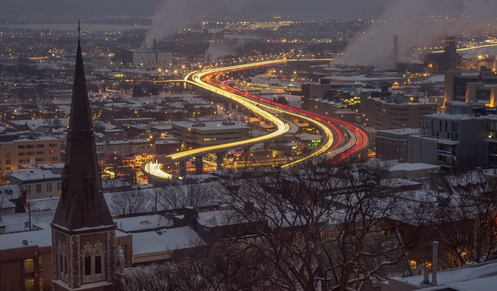 Quebec City traffic at night