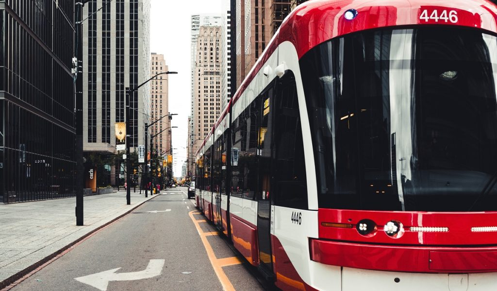Electric bus in Toronto